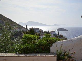 Ocean Vista, Hydra Town