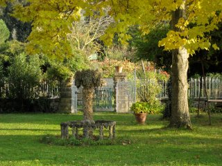 La Limonaia - Lovely restored baronial guest house, Arezzo