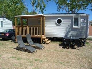 Chalet Camping Saint Aygulf Plage Frejus cote d'azur Frankrijk