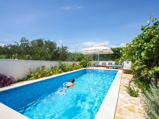 Trogir area,luxury 4****Brown apartment in Villa with pool