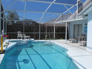 Pool & Spa Pet Friendly by Sun N Fun Vacation Home