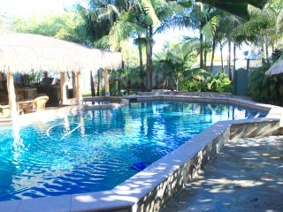 Beach House with pool, jacuzzi, close to beach,