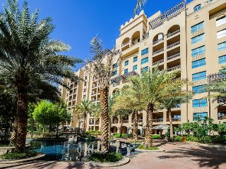 Luxury 2 bdr at Fairmont with garden/pool access!