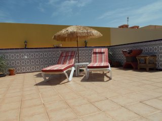 Luxurious 1 Bedroom Apartment with Roof Terrace, El Cotillo