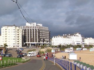 Beachview luxury seafront apartment, Eastbourne