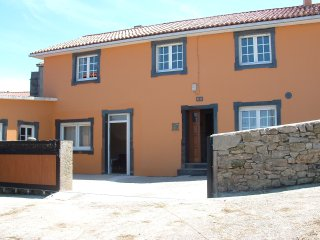 Cozy townhouse located in peaceful, quiet village on Costa da Morte, Muxía