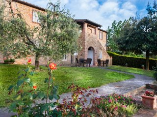holiday farmhouse central Tuscany-lungoT, Montaione