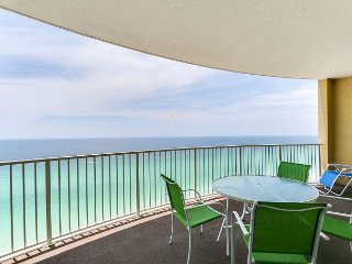 2bd/2 ba w/Sleeper~ FREE Activities~ Perfect Luxury Summer Rental!!