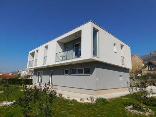 BLUE STAR NEW APARTMENT***, Kastel Gomilica