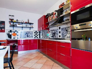 Lovely 2BR close to Milan and Rho Fiera!