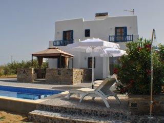 Ariadne house