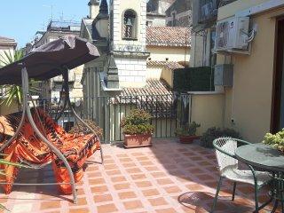 appartamento in  pieno centro storico, Paola