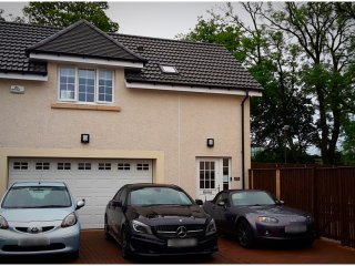 Stunning Central Scotland Studio Apartment, Falkirk