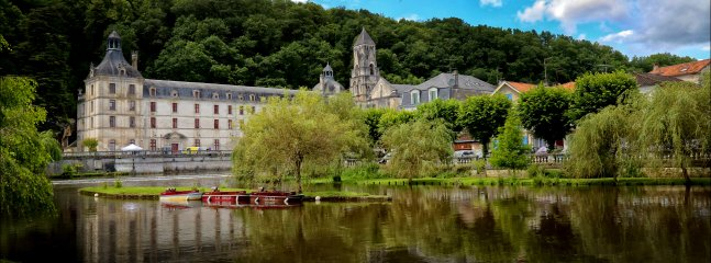 """Brantome 20 minutes to """"little venice"""" home to some of the finest dining in France"""
