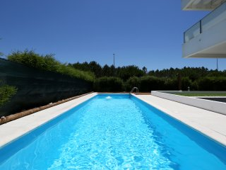 Modern apt. with swimming pool near to Nazaré, Nazare