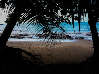 Refugio Eco-Lodge de la Escondida playa - primera línea de playa, Uvita