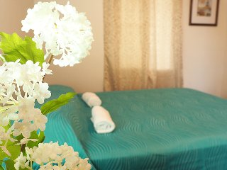Cozy Private room 5-7 min. from airport, Alajuela