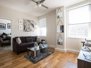 Downtown Ponchartrain Condo, New Orleans
