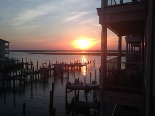 Sunset Bay Villas - Sunset in Paradise, Chincoteague Island