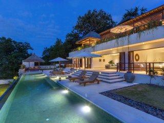 Bayu, luxury 2 Bedroom Villa, magnificent ocean views, Uluwatu