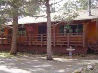 BEST BIG BEAR VALUE/ PET FRIENDLY/ COZY 2 BDRM CABIN, Big Bear Region