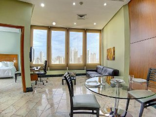 Buffet breakfast included, pool, gym, 24/7 desk..., Panama Stad