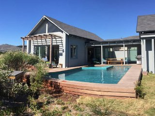Lake House Cape Town in security estate, Noordhoek