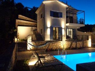 Katerina's Village Agios Nikitas with Private Pool