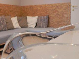 La casa di Milly, appartamento deluxe con 3 camere, Alba