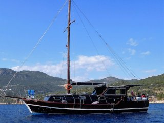 beautiful 3 bedroom gullet berthed in kas marina, Kas