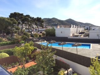 Quiet and charming house with pool near the beach, Sitges