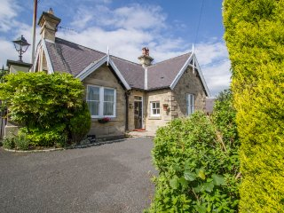 Witton Hall Self Catering Cottage, SOUTH LODGE