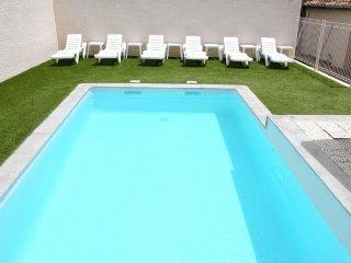 Privatisation des 3 locations piscine et climatisation : Les Lavandes du Moulin
