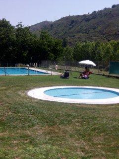 piscina publica a 500mts de Velilla en San Roman de Cameros