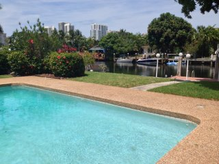 Luxury Family Home on Intercoastal, Hallandale Beach