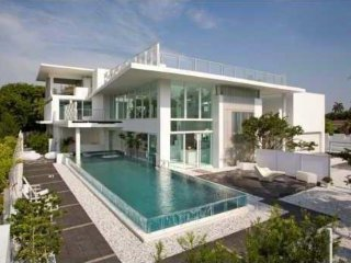 Stunning 9500sqf(883m2) Golden Beach House 7be/9ba, Golden Gate