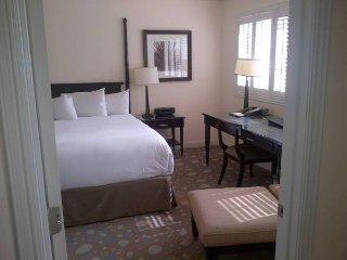One Bedroom 800 sq ft Oceanfront, Fort Lauderdale