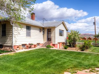 4BR Tropic Home Close to Bryce Canyon!