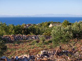 Adorable seaview cottage in the wild, Vis