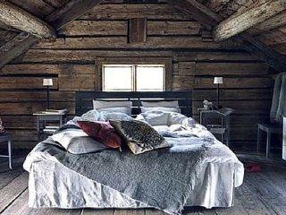 Chambre avec cuisine et salle de bain appart