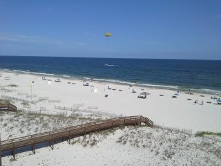 Gulf-Front Condo, 3br/3ba, with 'Pirate Room', Orange Beach