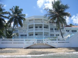 A premier waterfront guest house on Vieques