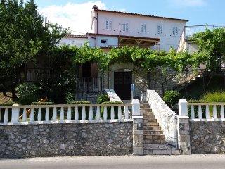 Apartment Kleković A4, Bribir
