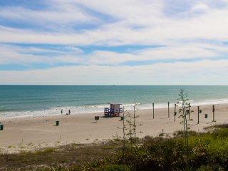 gorgeous oceanfront condo, Cocoa Beach