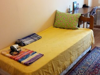 Perfect location in Sofia - next to the subway!, Sofía