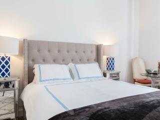 cama matrimonial muy cómoda. Por favor, solicitar hojas adicionales