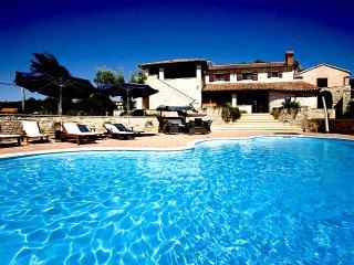 Villa Nives