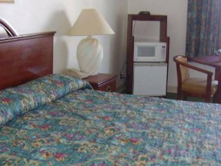 Guest Inn -Single king size Bed room, Chattanooga