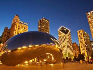 LUXURY LIVING NEAR MILLENNIUM PARK/MAG MILE, Chicago