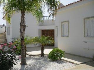 Villa in Cyprus #3340, Kannavia